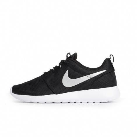 Men Nike Roshe One Black/White - 207