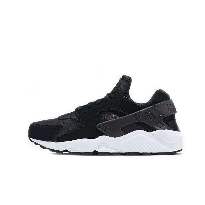 Women Nike Huarache Black / White