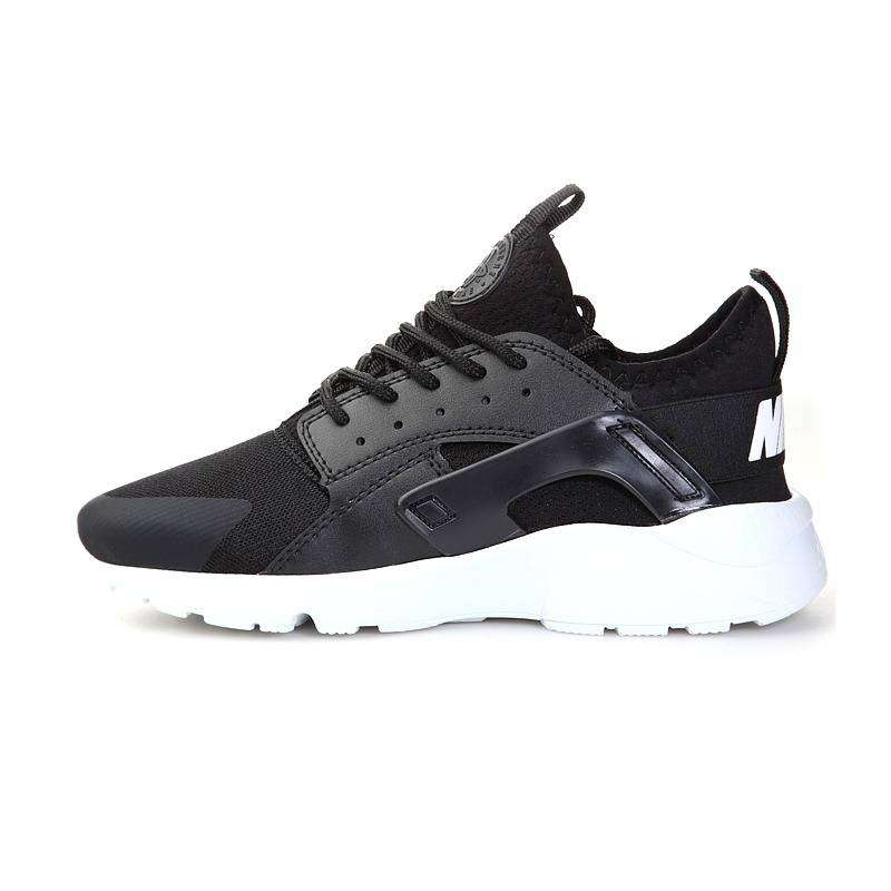 Men Nike Air Huarache Black / White